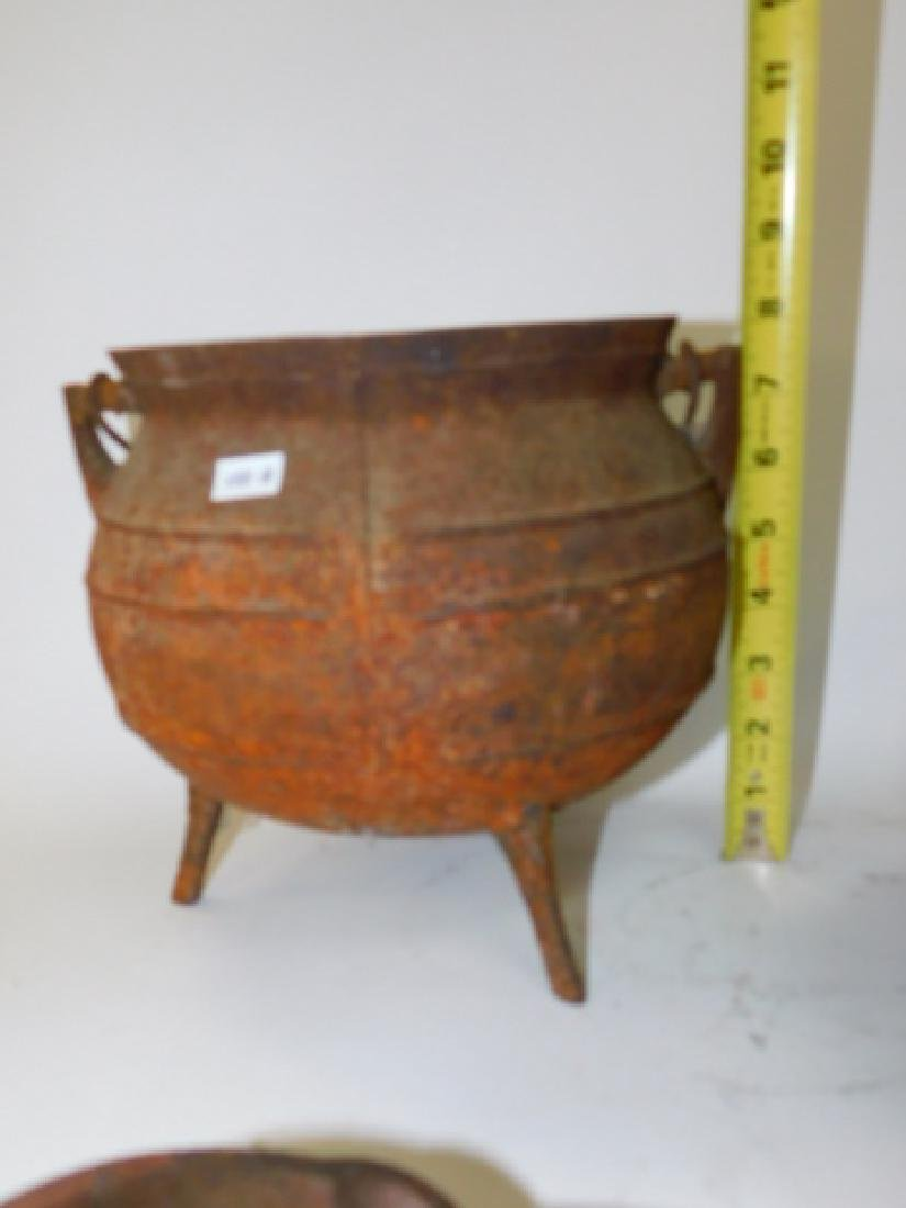 CAST IRON POT AND SKILLET WITH OTHERS - 5