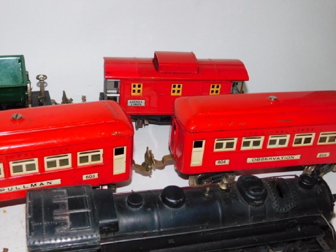 LOT OF LIONEL TRAIN CARS - 8