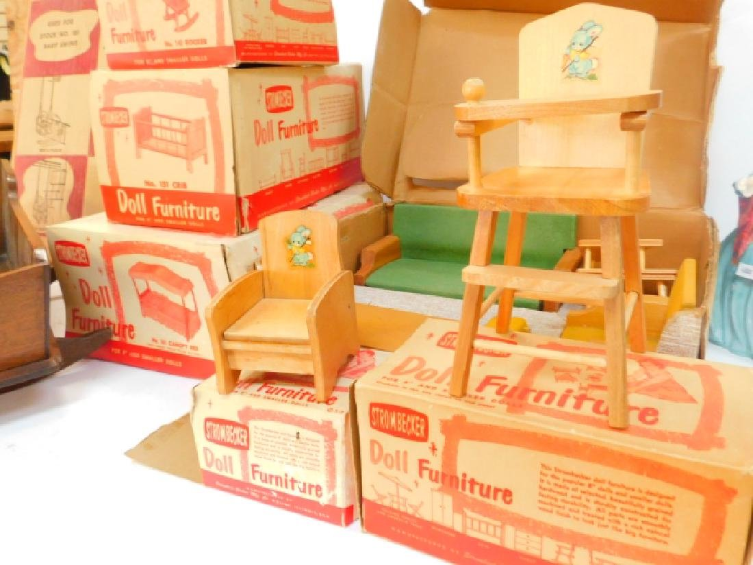 LARGE COLLECTION OF WOODEN DOLL HOUSE FURNITURE - 2