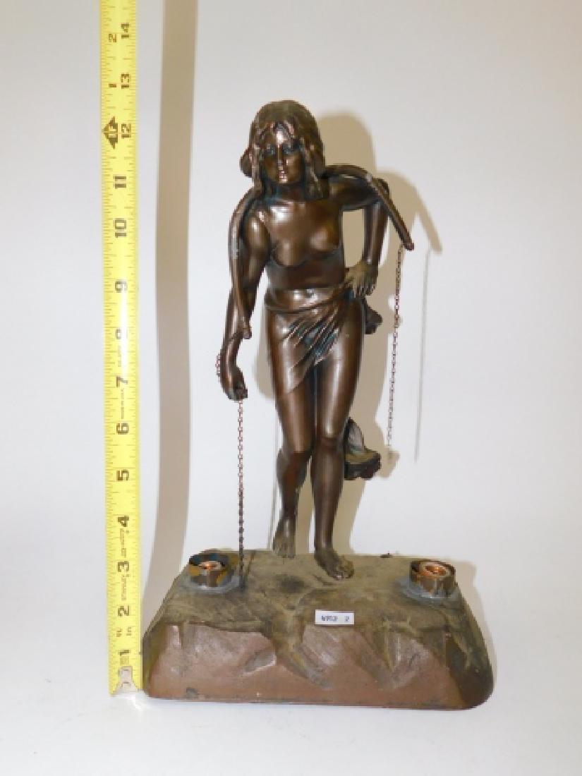 DECO FIGURAL LAMP