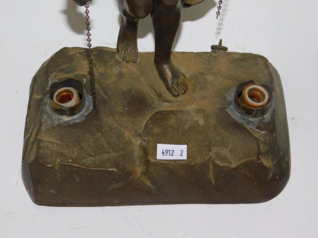 DECO FIGURAL LAMP - 3