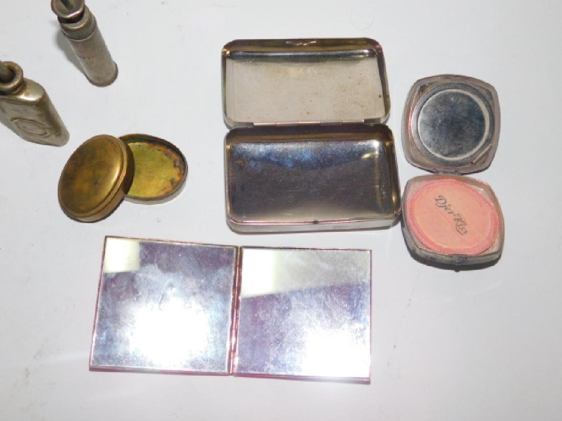 COLLECTION OF GROOMING TOOLS AND COMPACTS - 6