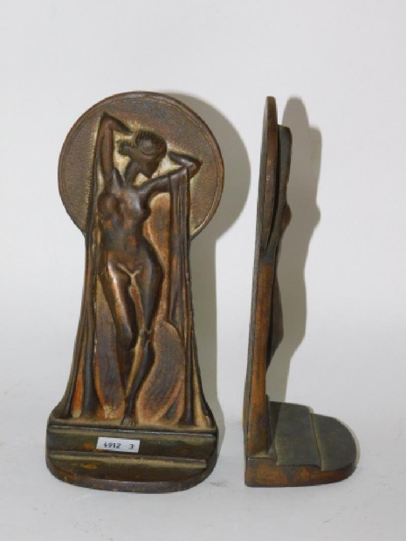 PAIR OF IRON DECO BOOKENDS - 3