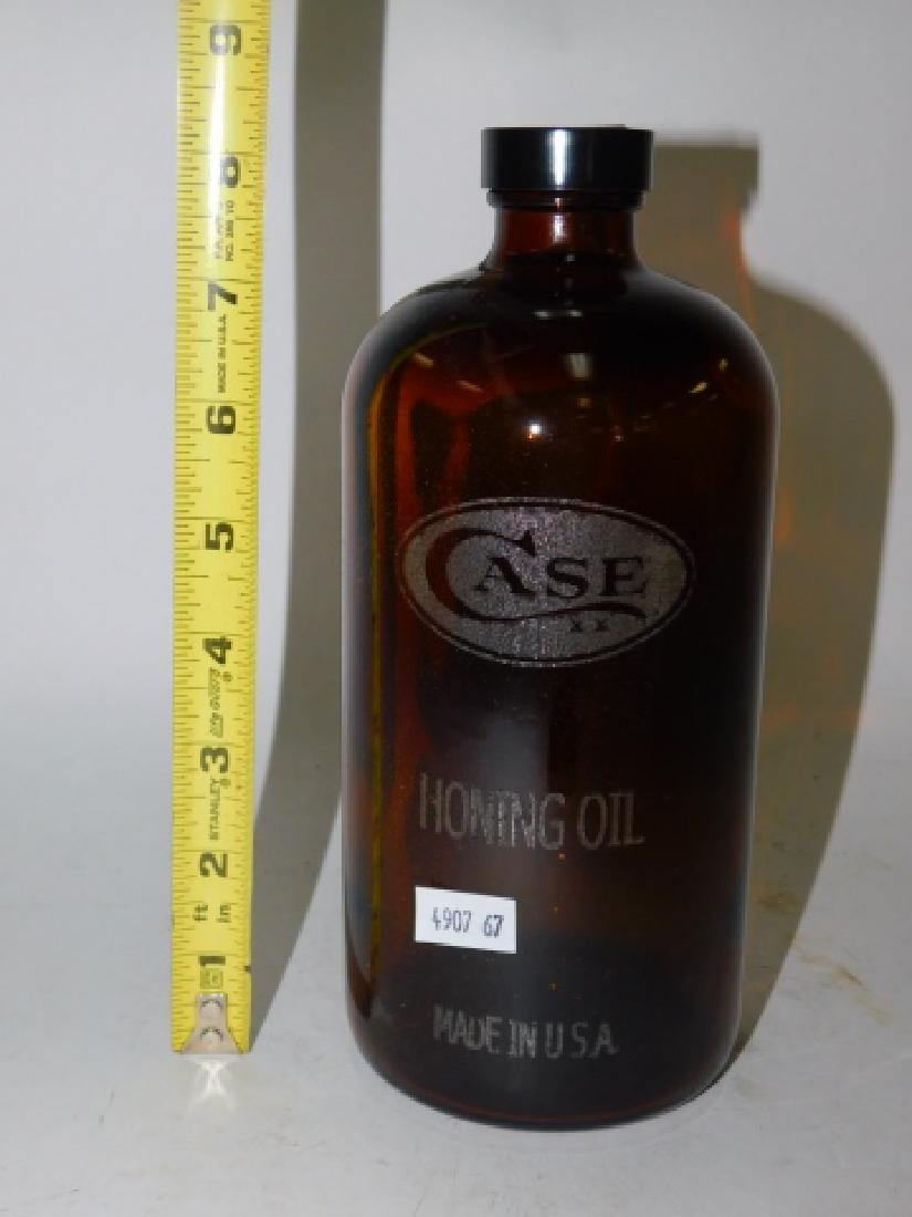 CASE HONING OIL BOTTLE