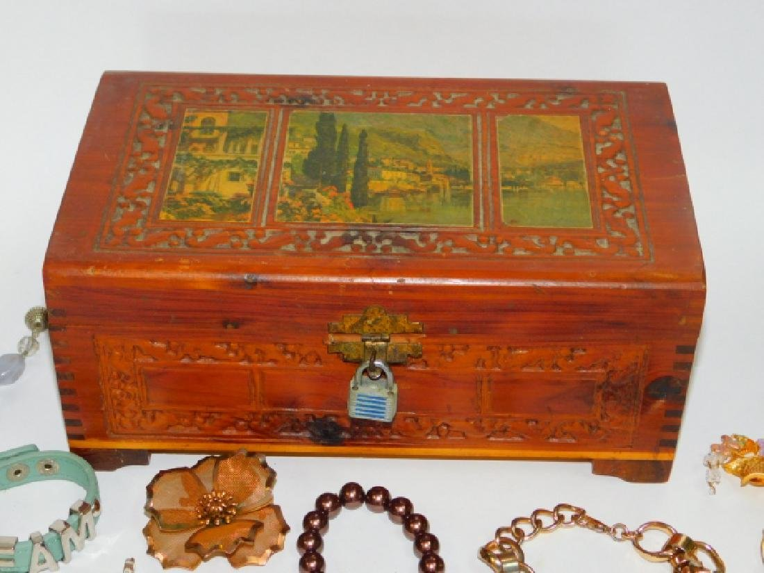 COSTUME JEWELRY WITH WOODEN BOX - 8