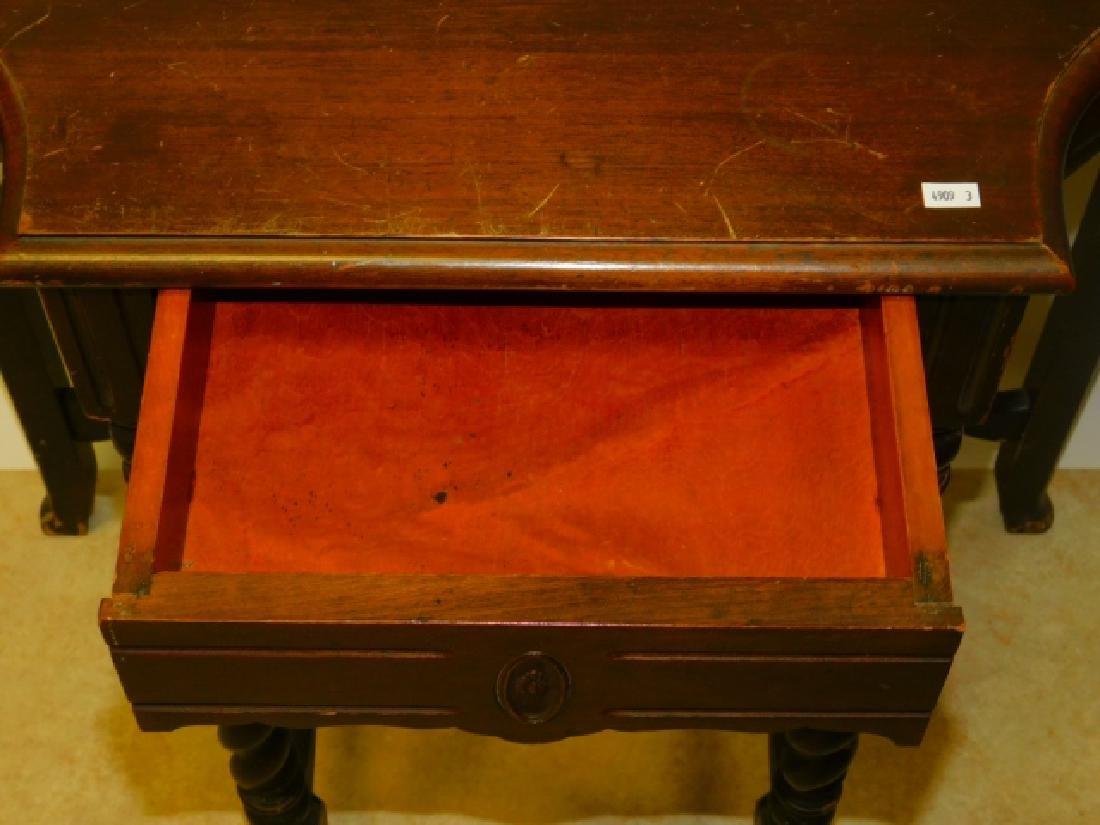 HALF ROUND TABLE - 2