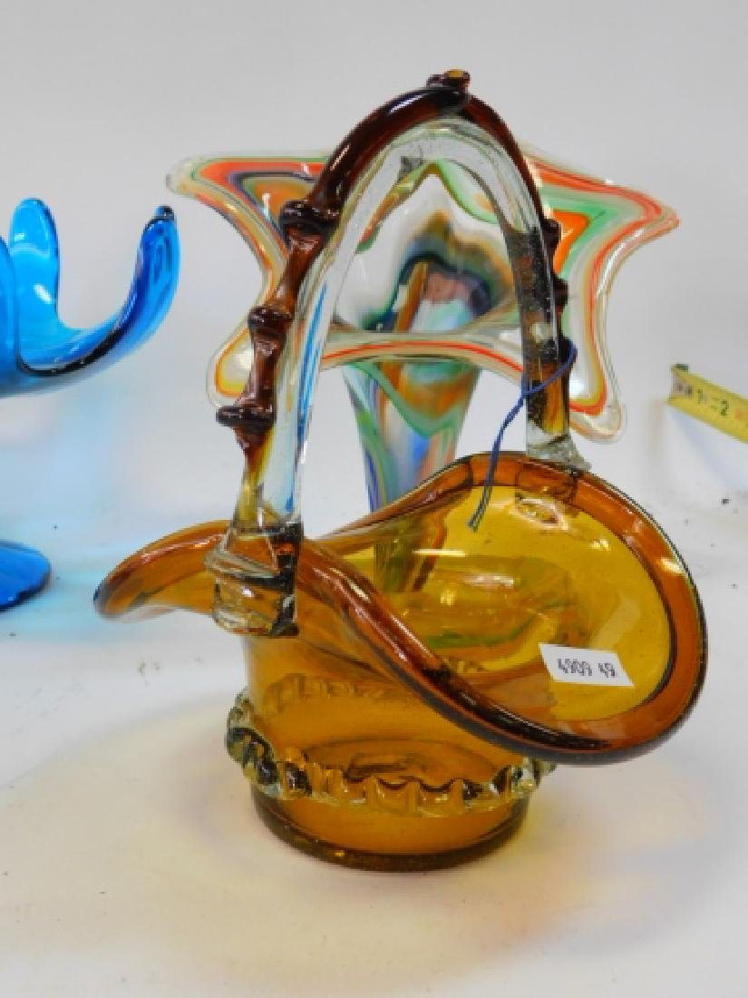 ART GLASS VASES AND BOWLS - 6