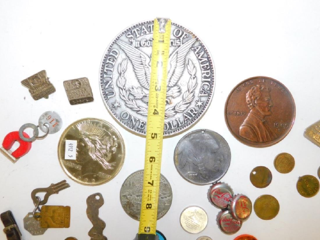 COLLECTION OF COINS, BUTTONS, BOTTLE CAPS - 3