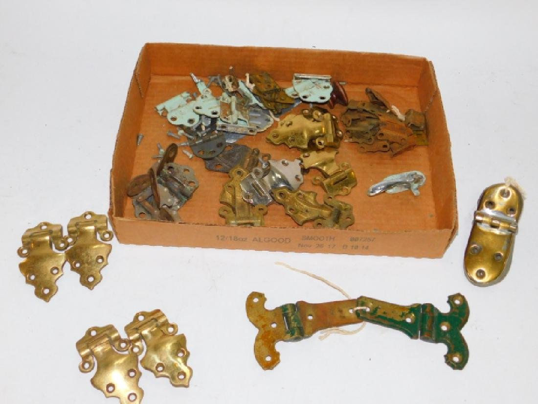 COLLECTION OF HINGES