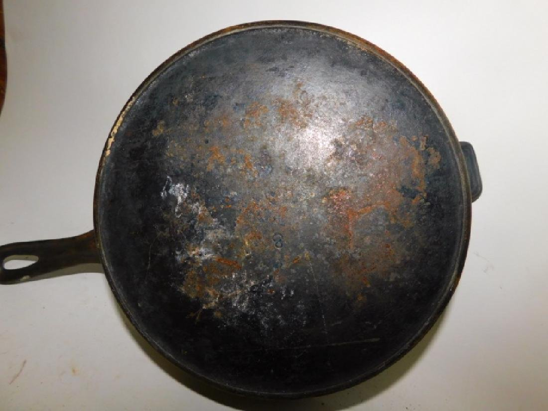 CAST IRON POT AND SKILLET - 3