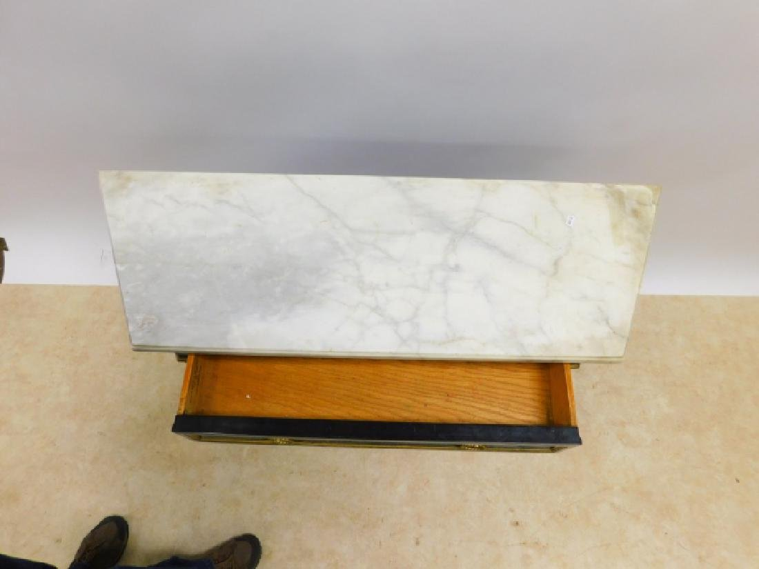 MARBLE TOP SERVER - 2