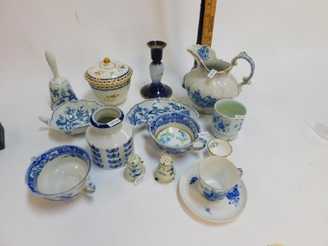 ENGLISH BLUE AND WHITE SERVING PIECES.