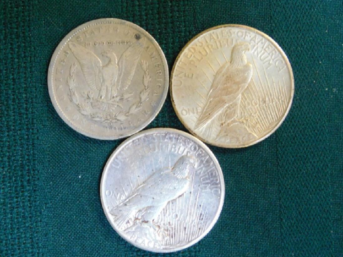 1922 & 1925 PEACE DOLLAR W/ 1900 O MORGAN DOLLAR