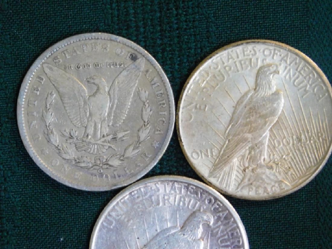 1922 & 1925 PEACE DOLLAR W/ 1900 O MORGAN DOLLAR - 2