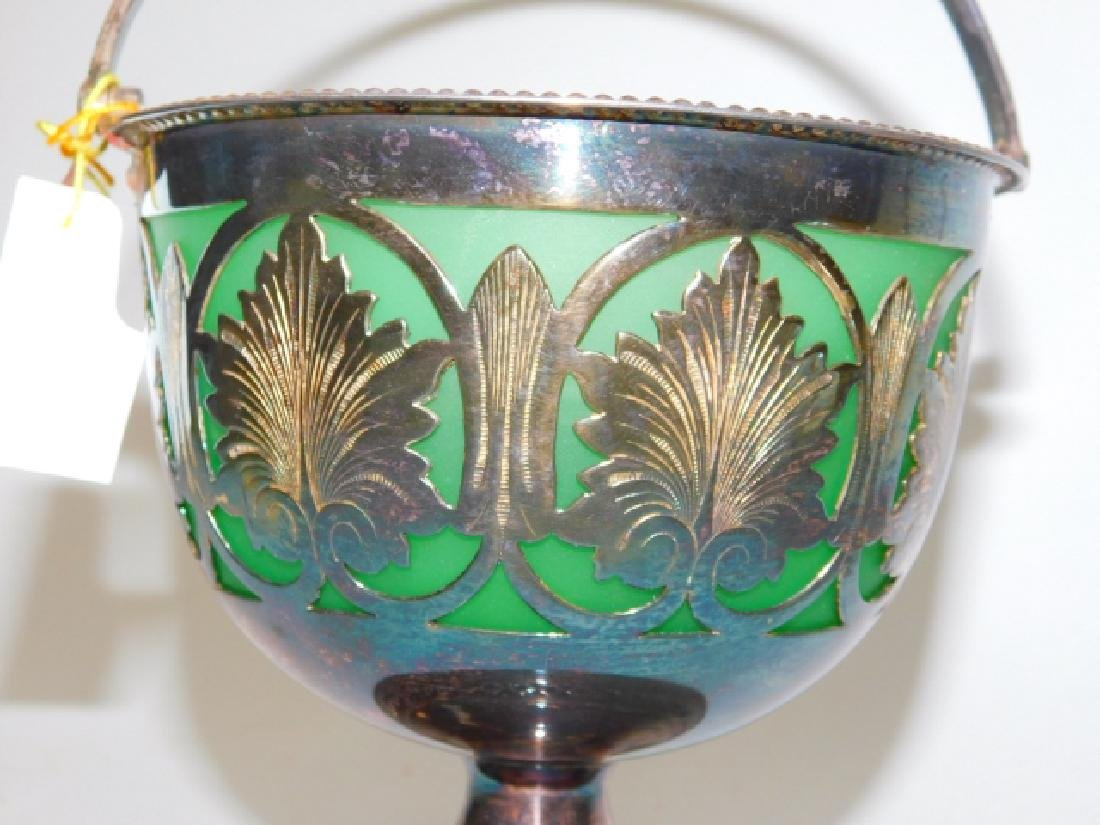 VICTORIAN AND VENETIAN ART GLASS - 6