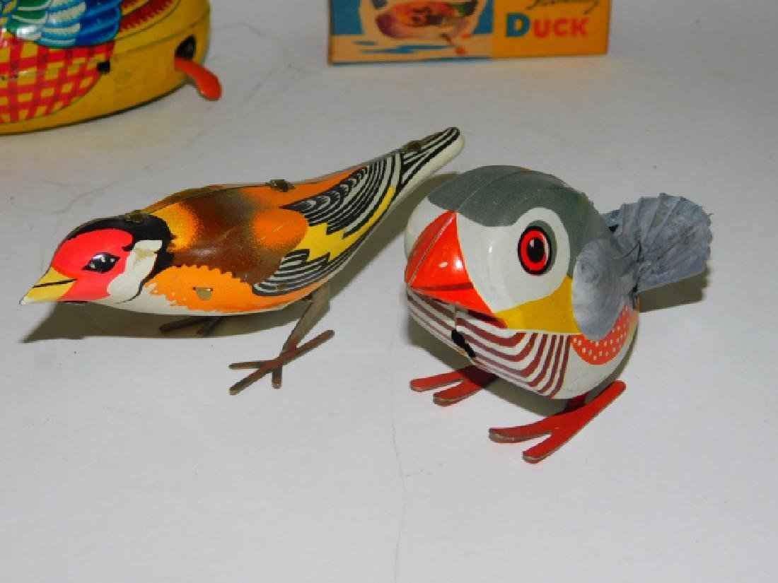 FOUR JAPANESE TIN LITHO WIND UP BIRDS - 3