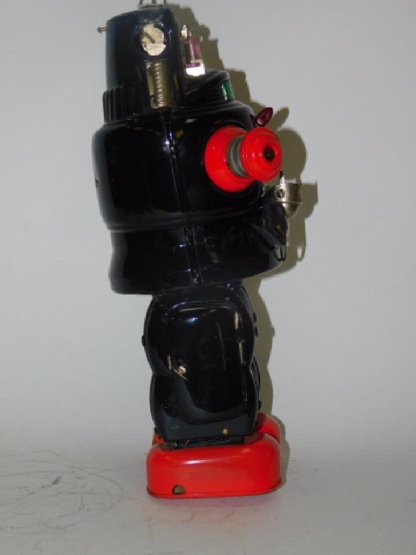 TIN BATTERY OPERATED ROBOT - 3