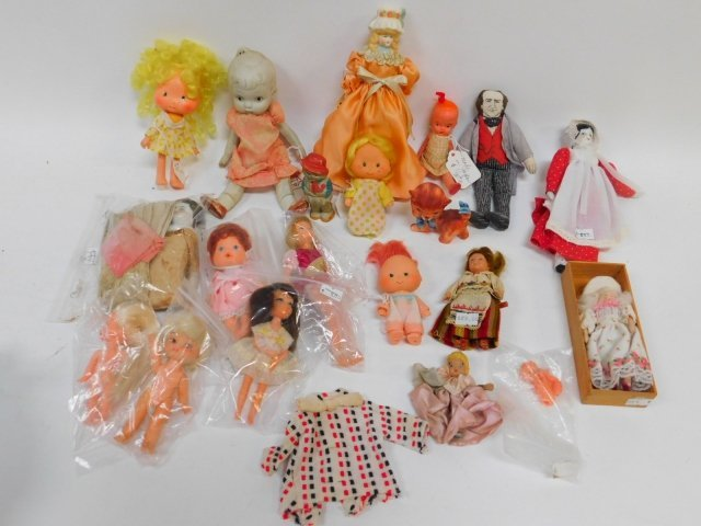 COLLECTION OF PORCELAIN, CLOTH, AND PLASTIC DOLLS