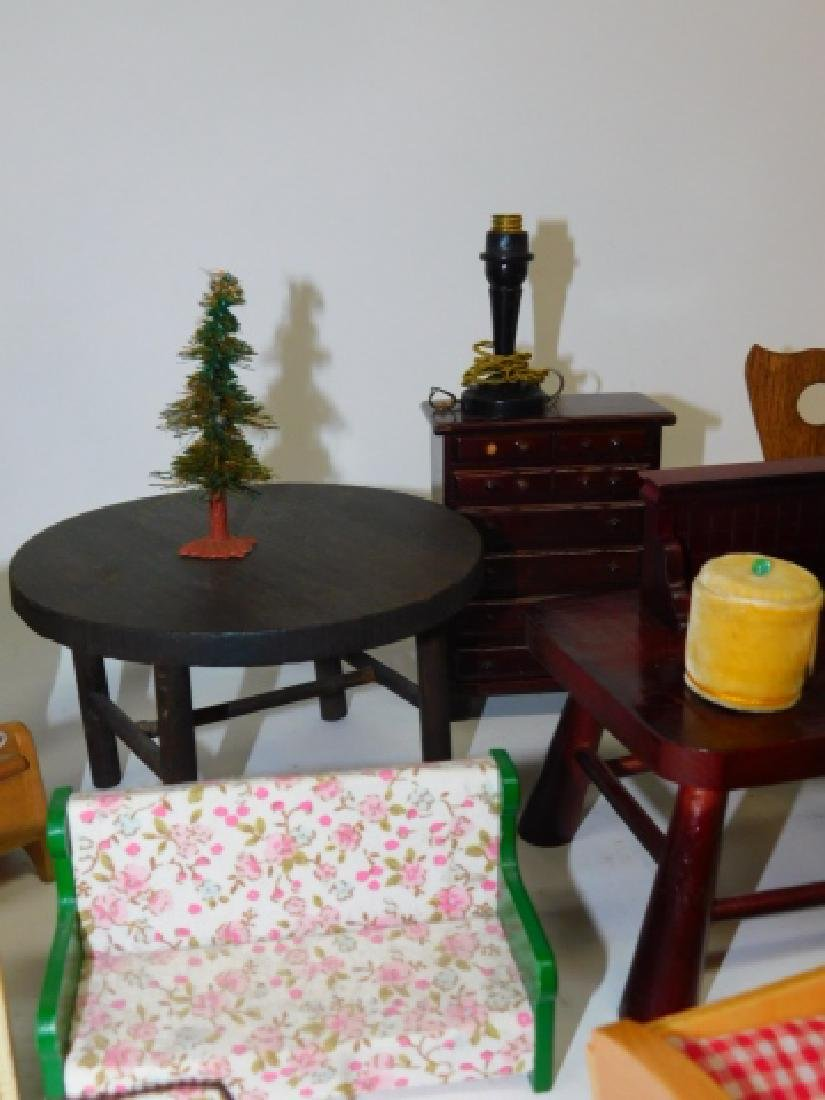 DOLL HOUSE FURNITURE - 5