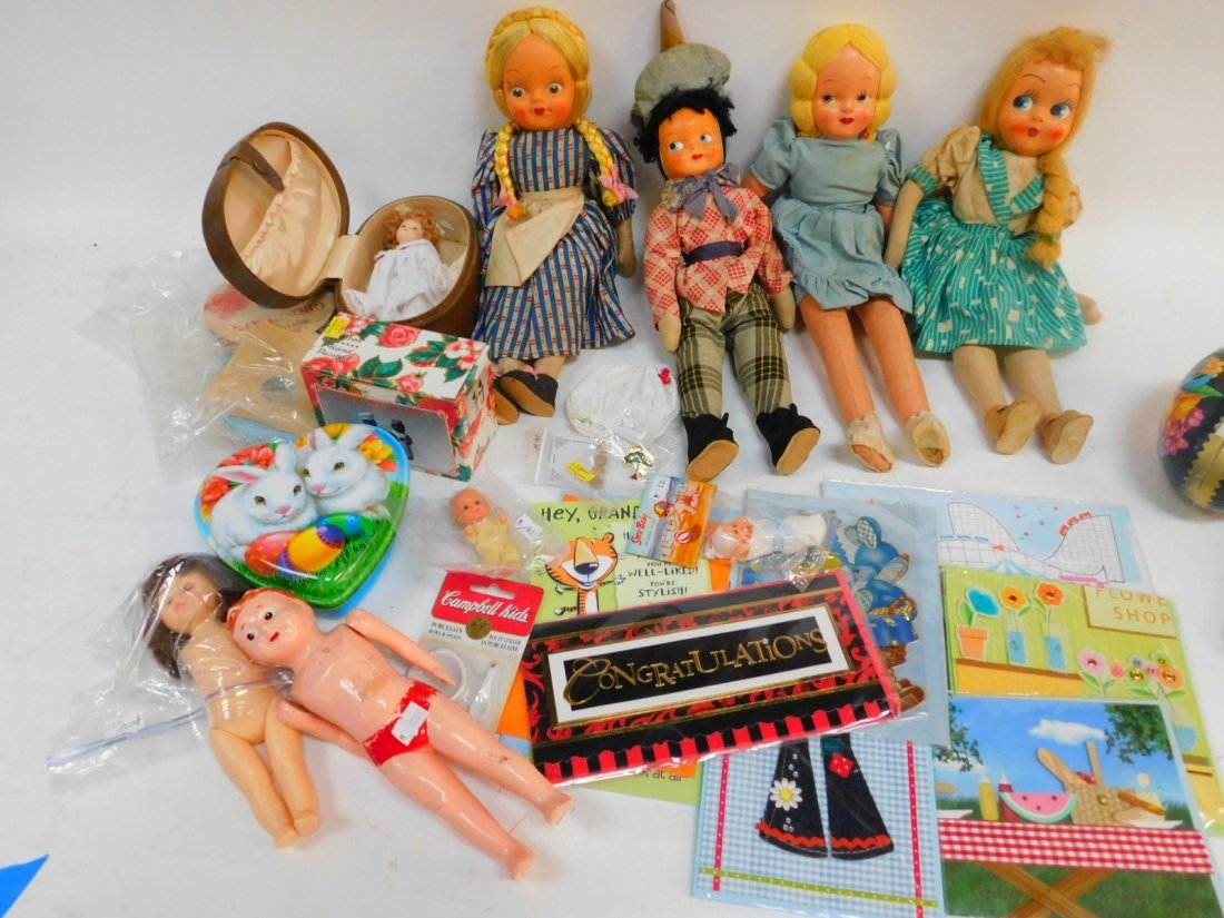 COLLECTION OF DOLLS AND TOYS