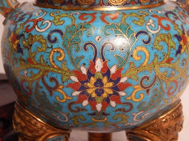 ORIENTAL BRONZE AND CLOISONNE URN - 3