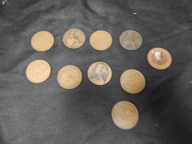 LOT OF 10 LARGE PENNIES