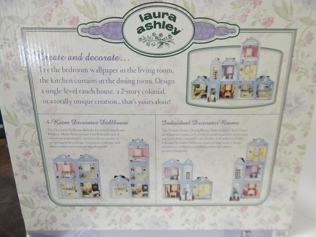 LAURA ASHLEY DOLL HOUSE - 7