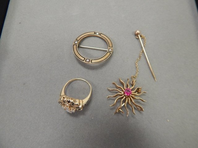 TWO 14K GOLD PINS AND RING