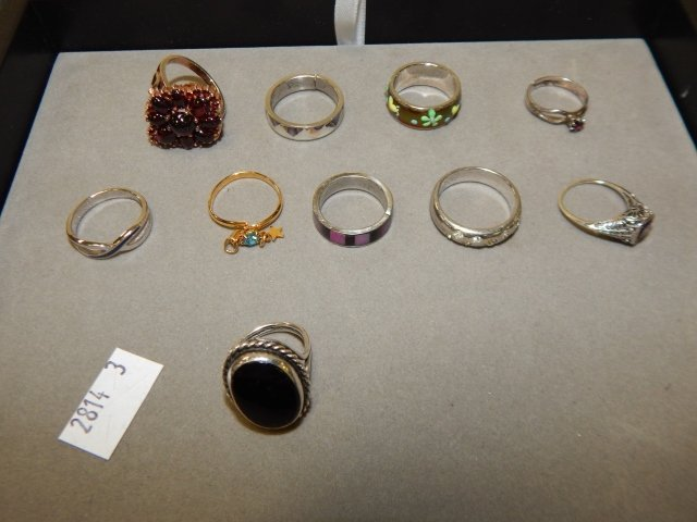 LOT OF FAUX RINGS