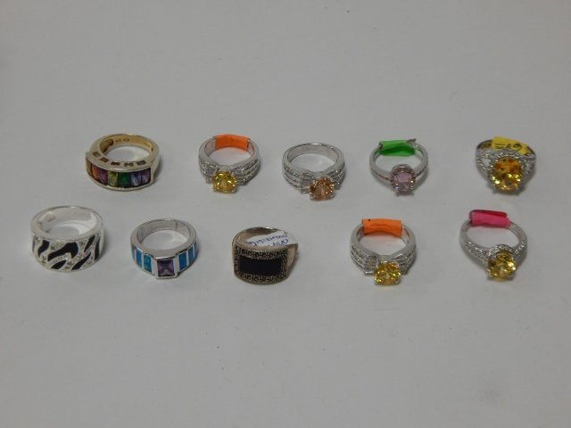 LOT OF STERLING SILVER RINGS