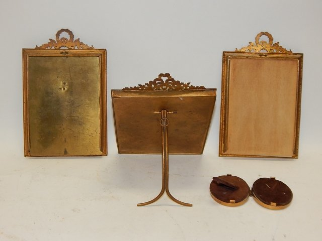 LOT OF FOUR PICTURE FRAMES - 3