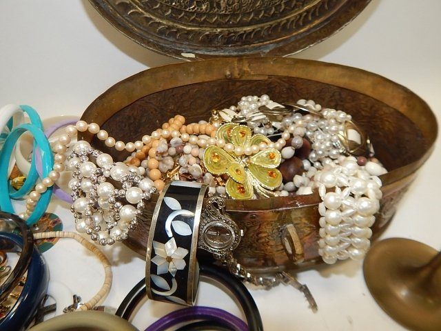 LARGE LOT OF JEWELRY - 3