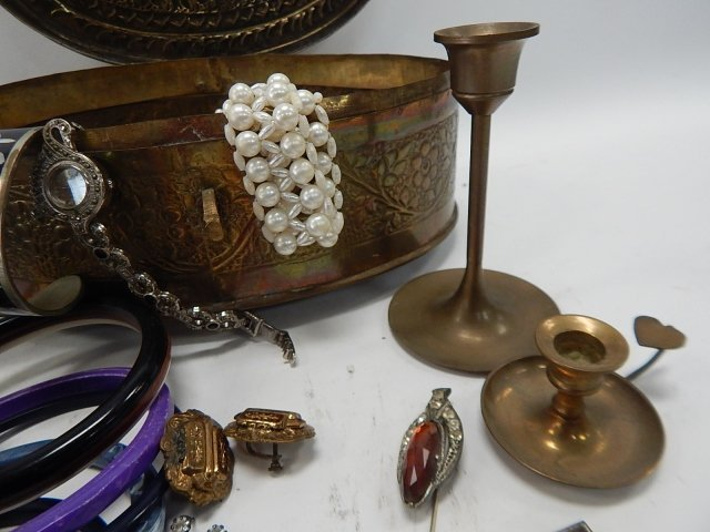 LARGE LOT OF JEWELRY - 4