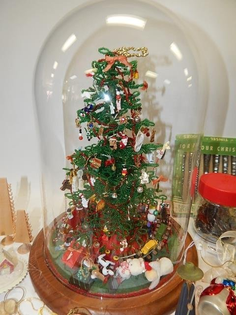 LARGE LOT OF CHRISTMAS DECORATIONS - 2