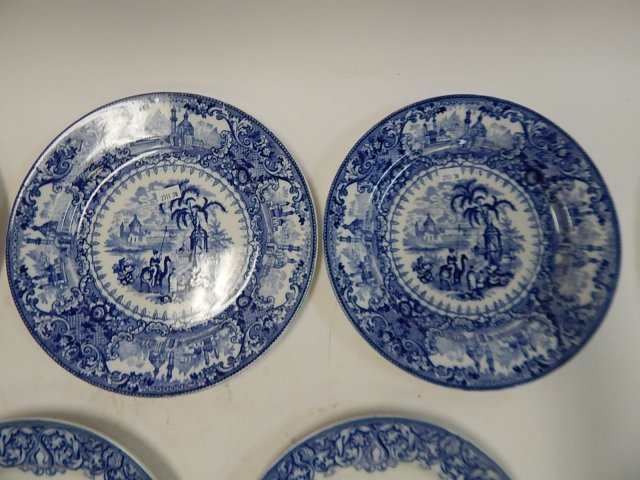 COLLECTION OF ROYAL COULDON ENGLAND PLATES - 3