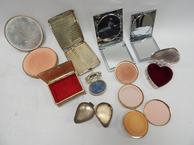 LOT OF COMPACTS - 2