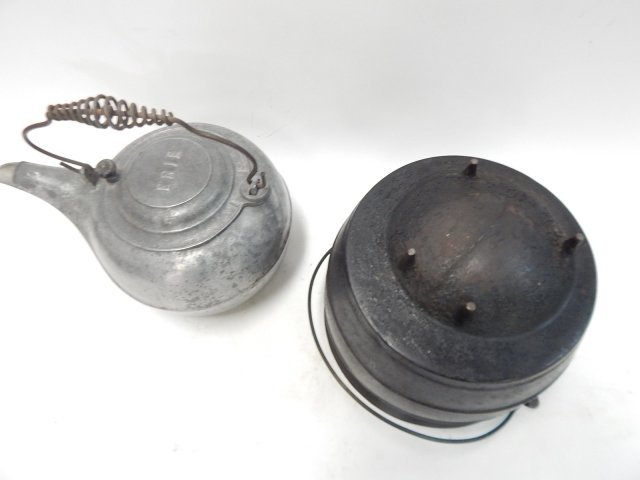 CAST ALUMINUM TEA POT AND IRON CAULDRON - 2