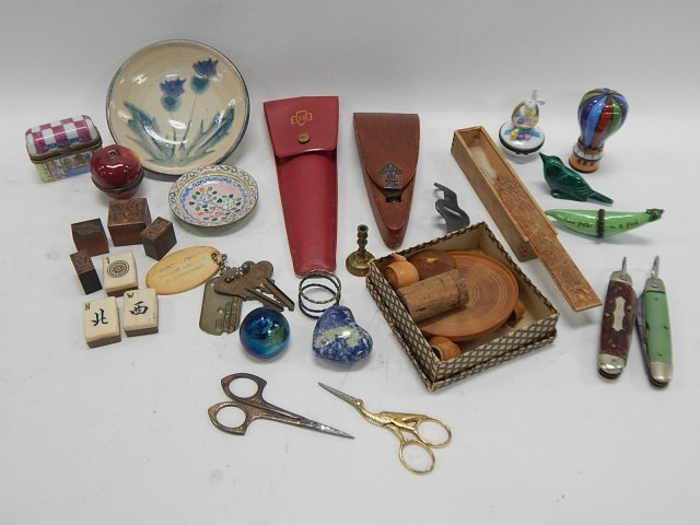 LOT OF KNIVES, TRINKET BOXES & MORE