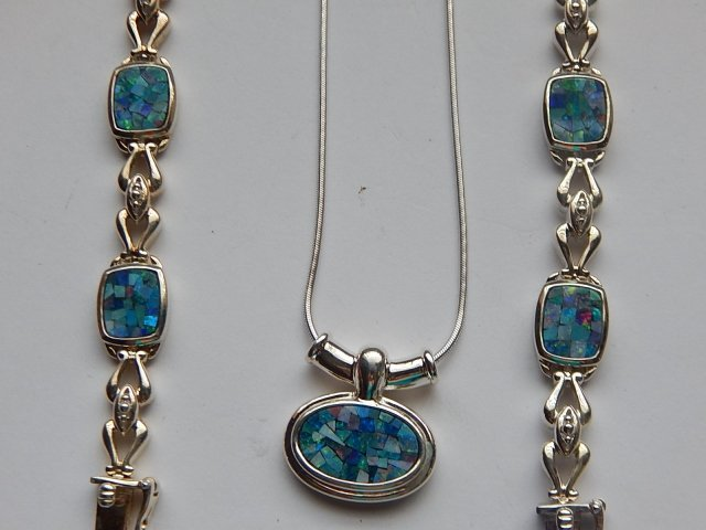 STERLING SILVER NECKLACE WITH TWO BRACELETS - 2