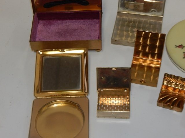 LOT OF POWDER BOXES - 3