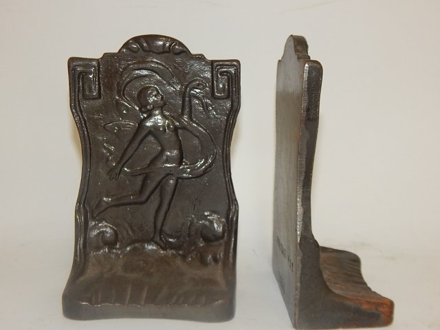 PAIR OF IRON BOOKENDS