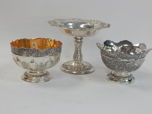 SILVER PLATE COMPOTE AND BOWLS.