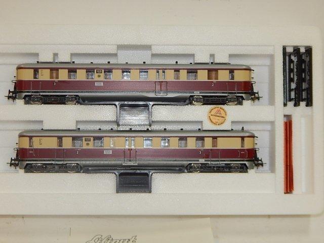 LILPUT HO SCALE TRAIN CARS - 3