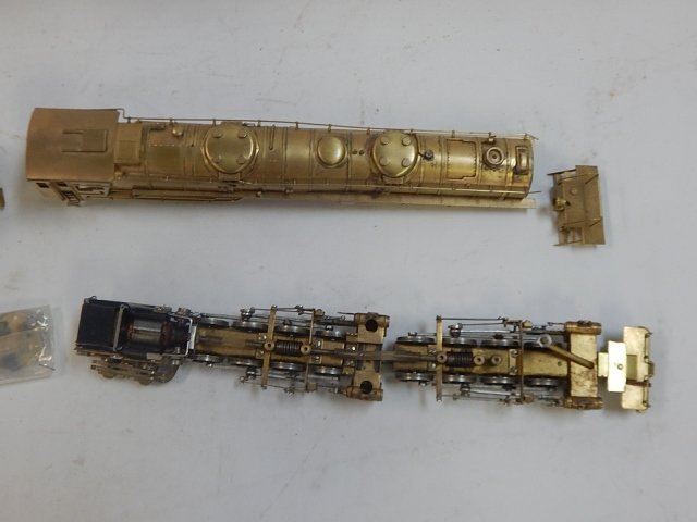 AS IS, INTERNATIONAL MODEL PRODUCT HO SCALE - 4