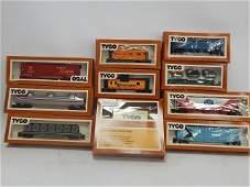 TYCO HO SCALE TRAIN CARS