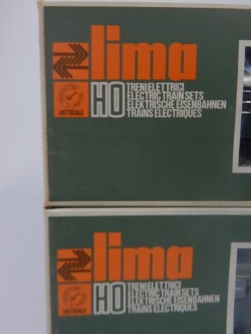 FOUR LIMA HO SCALE TRAIN CARS - 4