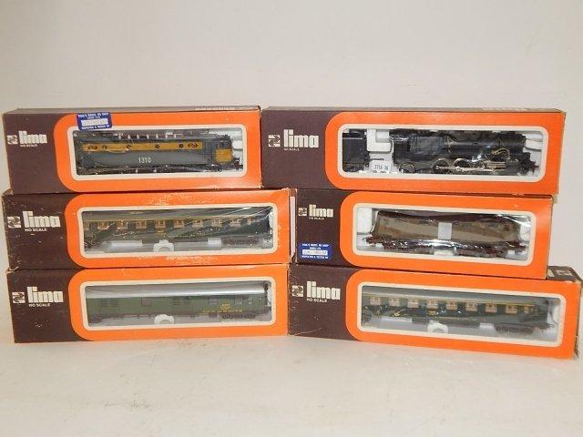 6 LIMA HO SCALE TRAIN CARS