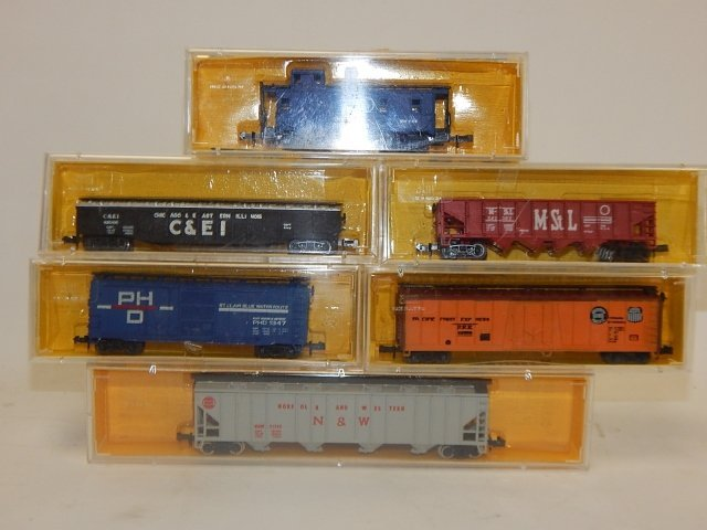 AHM N GAUGE MINI TRAINS