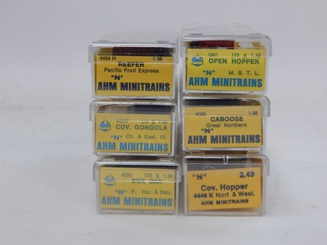 AHM N GAUGE MINI TRAINS - 3