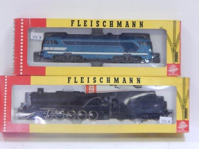 FLEISCHMANN HO TRAIN CARS